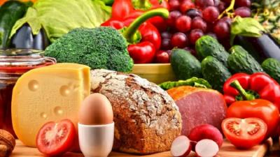 Tak Cukup Physical Distancing, Yuk Penuhi Nutrisi Makanan demi Lawan Corona