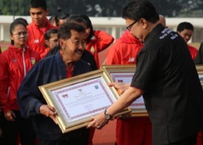 Menpora Terkesan dengan Kiprah dan Dedikasi Besar Bob Hasan untuk Dunia Olahraga