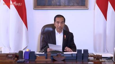 Presiden Jokowi: Warga Jabodetabek Dapat Bansos Khusus Rp600 Ribu Selama 3 Bulan