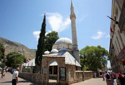 Kuliner di Bosnia Ternyata Banyak yang Halal Lho