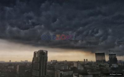 Weekend, BMKG Prediksi Jakarta Akan Diguyur Hujan
