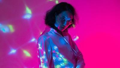 Arya Novanda Hadirkan Single Funky nan Soulful Penuh Kritik