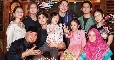 Rayakan Ulang Tahun Muhammad Ali, Ahmad Dhani Posting Foto Keluarga Lengkap