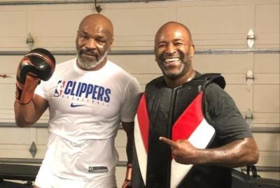 Tubuh Kekar Mike Tyson Dituding Hasil Suntik Steroid