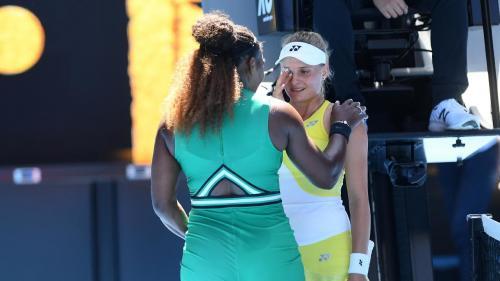 Serena Williams Bikin Petenis 18 Tahun Menangis Tersedu-sedu