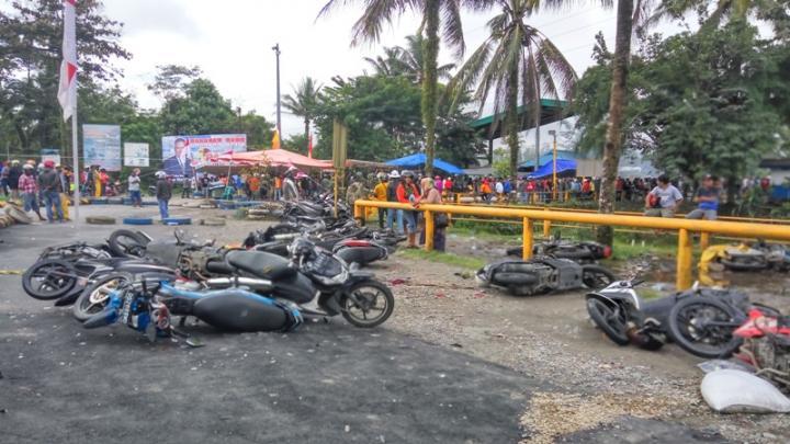 Ratusan Karyawan PT Freeport Korban PHK Mengamuk, Sejumlah Fasilitas Dirusak dan Dibakar